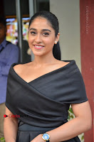 Actress Regina Candra Pos in Beautiful Black Short Dress at Saravanan Irukka Bayamaen Tamil Movie Press Meet  0011.jpg