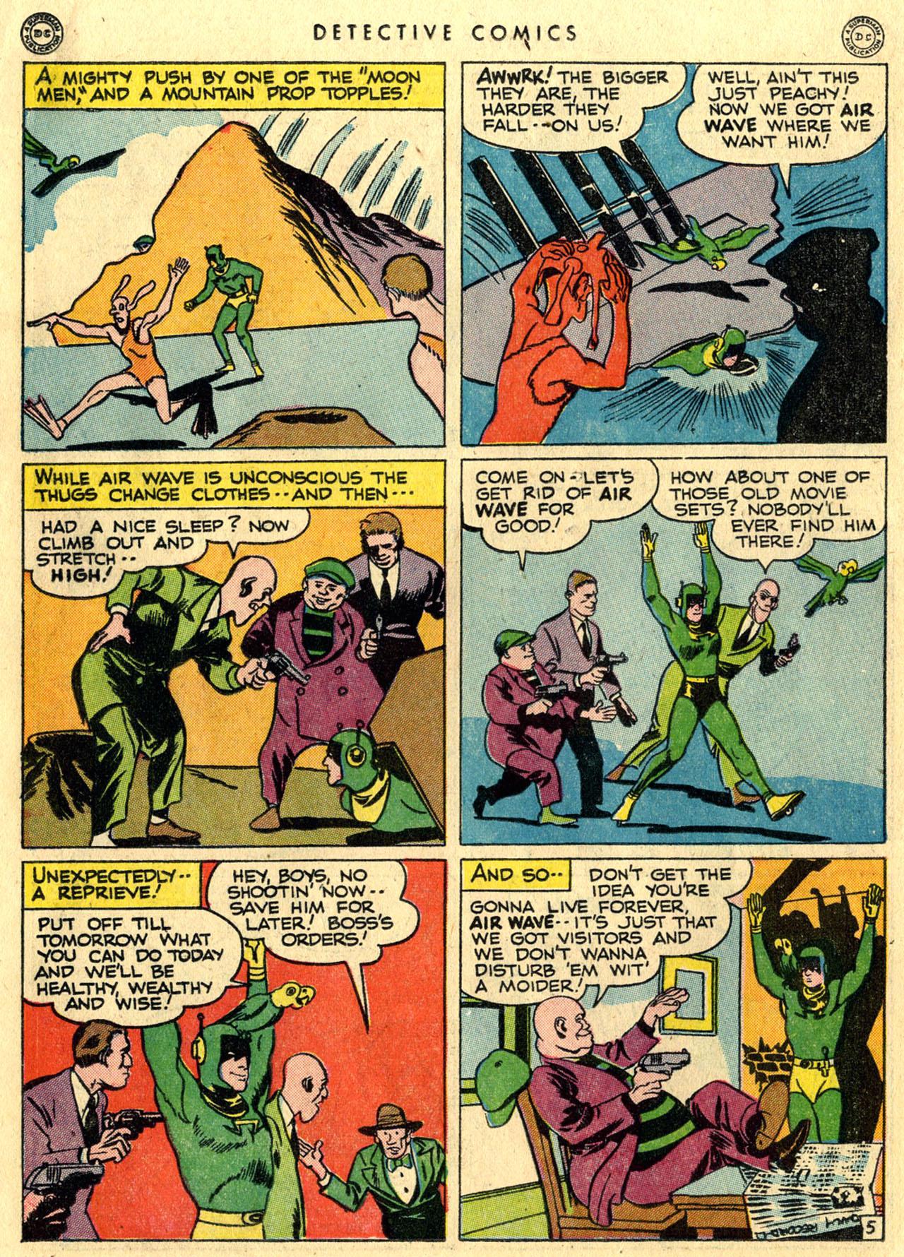 Read online Detective Comics (1937) comic -  Issue #118 - 32