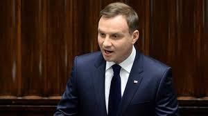 Presidente da Polônia pede perdão aos judeus expulsos em 1968