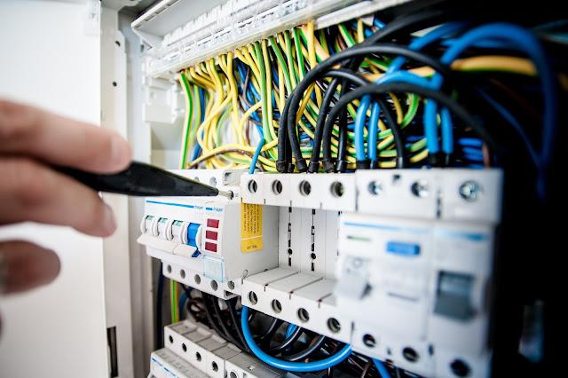 افكار مبتكرة  لتخفيض فاتورة الكهرباء وترشيد استهلاك الطاقة