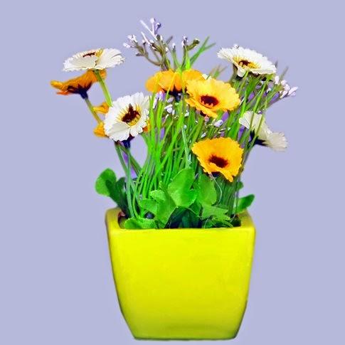 Mini Ceramic Flower Vase