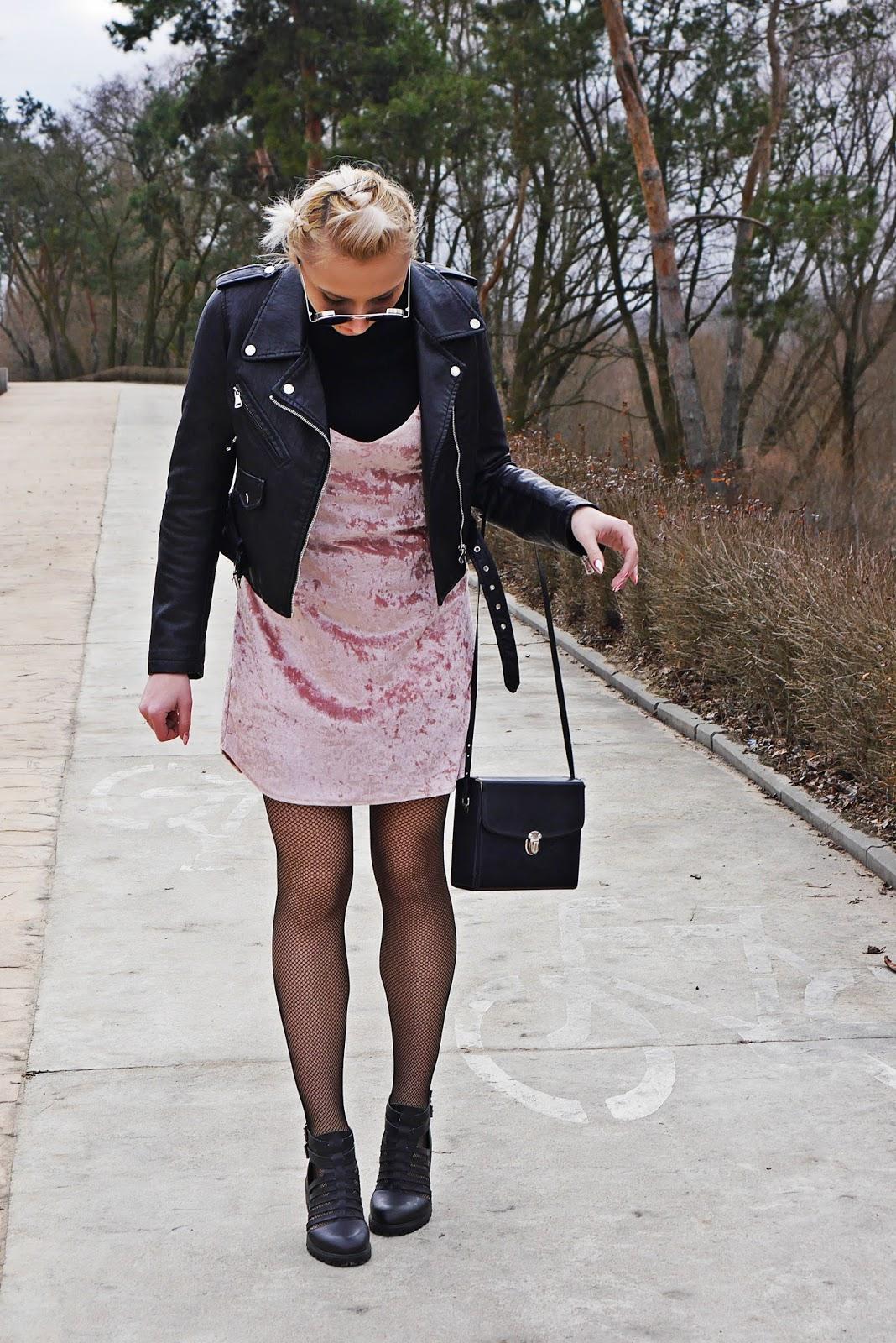 czarna_ramoneska_zaful_kabaretki_rozowa_welurowa_sukienka_karyn_130317b