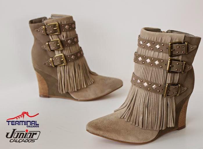 28231cfcf Com a chegada do outono os calçados precisam ser mais fechados e oferecer  proteção contra as quedas de temperatura e dias chuvosos.