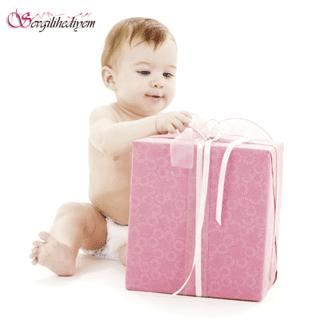 Bebeğe hediyeler