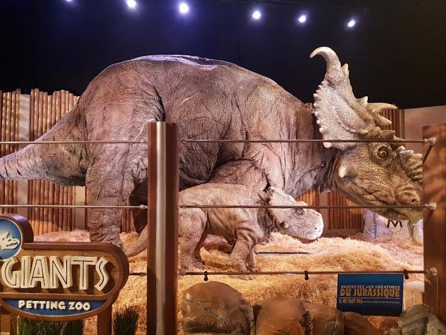 triceratops-animatronics-jurassic-world