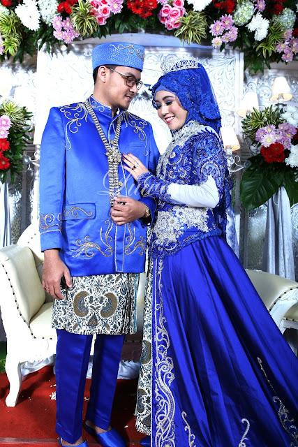 Rias Pengantin muslimah hijab jilbab kebaya biru modern