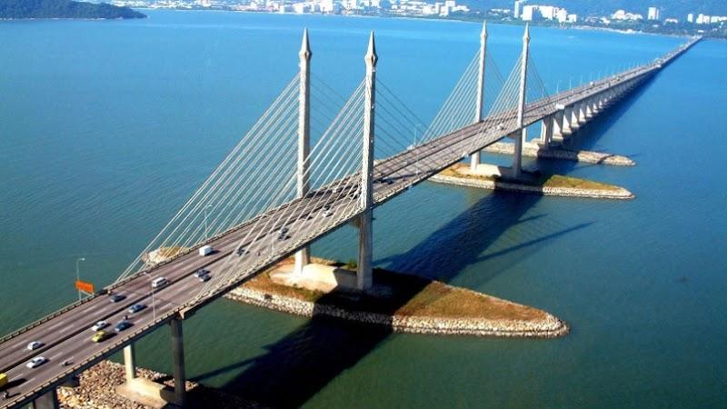 SUV Kemalangan dan Lelaki Terjun Jambatan Pulau Pinang Mula Viral