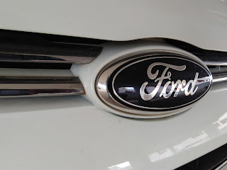 Lenovo Vibe K5 Camera Sample: Ford Logo