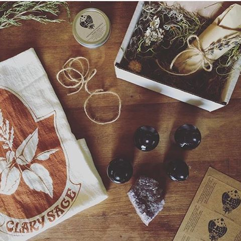 Return to The Earth: Botanical Tea Towel