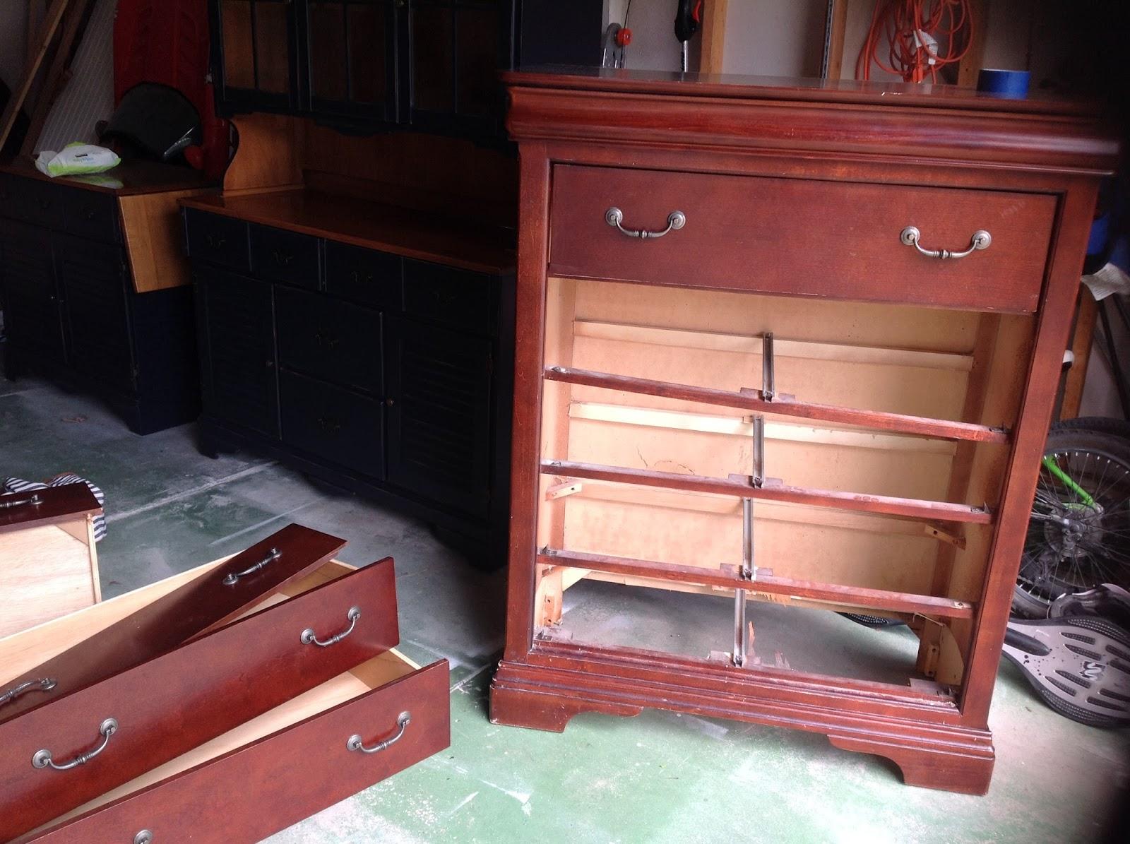 mimiberry creations dud to stud diy dresser makeover. Black Bedroom Furniture Sets. Home Design Ideas