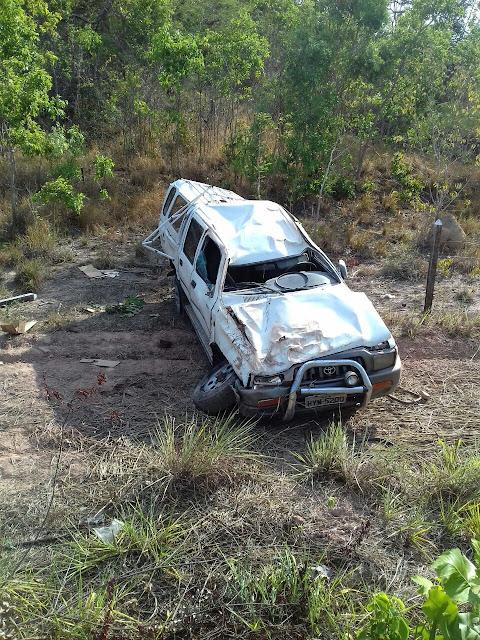 BR-222: Condutor dorme ao volante e capota caminhonete na 'Curva do S' em Itapecuru-Mirim