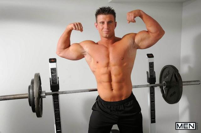 Daily Bodybuilding Motivation Hot Hunk Male Models Dereck -5021