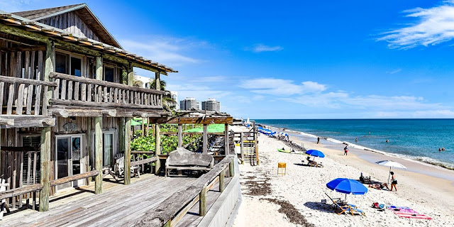 Travelhoteltours has amazing deals on Vero Beach Vacation Packages. Save up to $583 when you book a flight and hotel together for Vero Beach. Extra cash during your Vero Beach stay means more fun! With some excellent tourist highlights, Vero Beach is perfect for both brief getaways and longer visits.