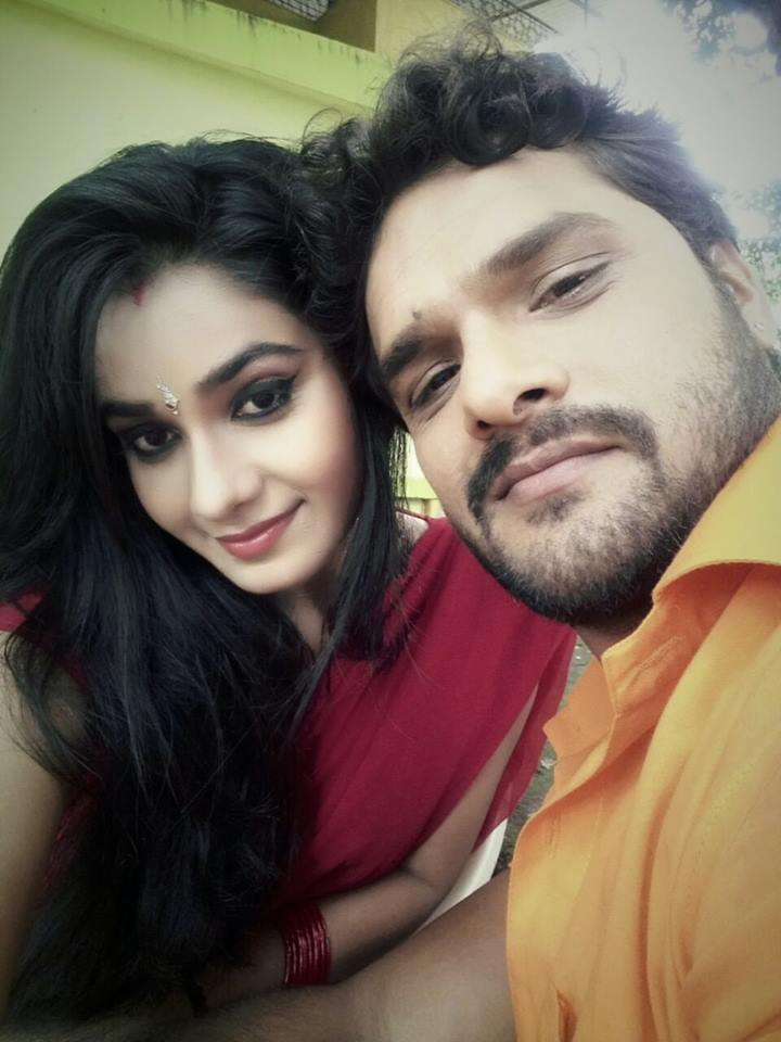 Ritu Singh and Khesari Lal Yadav HD Photo Gallery