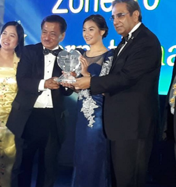 Dara Mae Tuazon wins Humanitarian Award