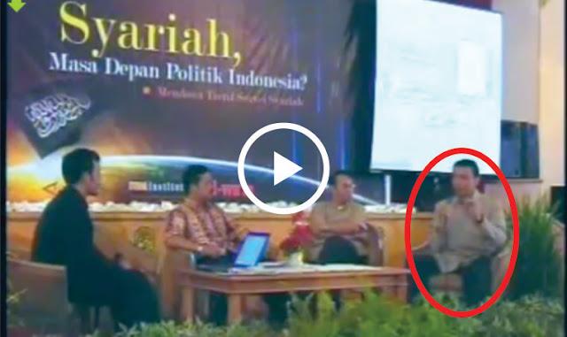 Video: Ketika Wiranto Mesra Dengan HTI, Namun Kini Mngapa Ingin Membubarkannya?