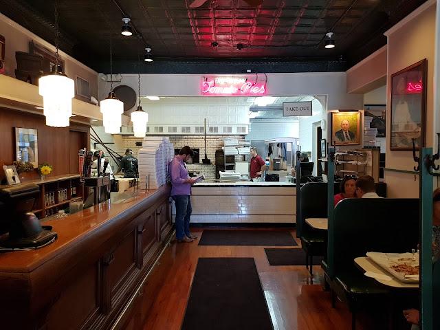 Pepi's pizza-New Haven