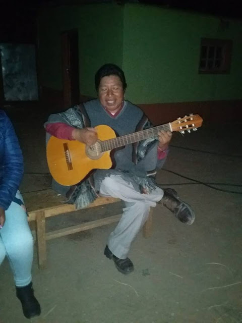 In Esmoraca vertritt mich Padre Arcadio aus Cotagaita