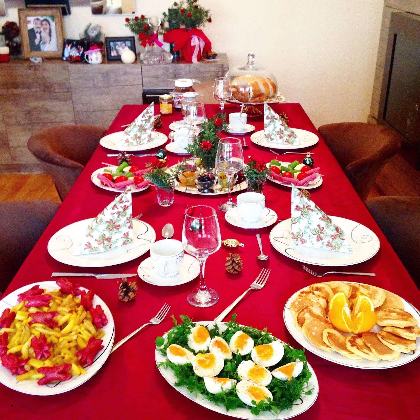 Yeni Yıl Sofrası ve Tavuk Dolması