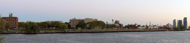 Panoramic image of the northern tip of Greenpoint from Hunter's Point