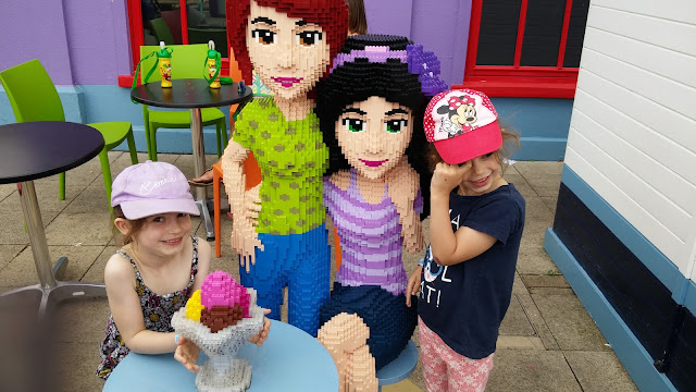 Girls and Lego friends