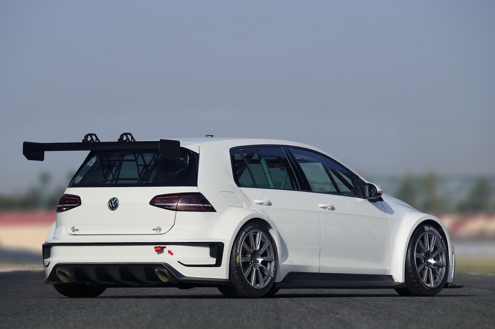 steroidal vw golf tcr racer officially joins the gti. Black Bedroom Furniture Sets. Home Design Ideas