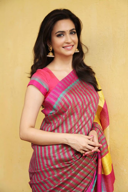 56 Kriti Kharbanda HD Wallpapers