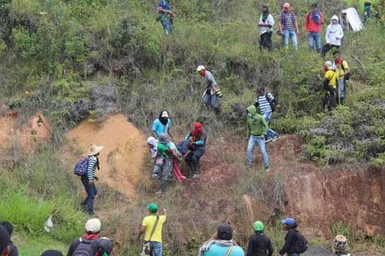 MINGA EN CAUCA: 3 INDÍGENAS ASESINADOS Y 135 HERIDOS