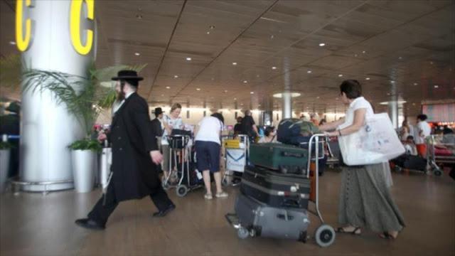 Informe: 8 mil israelíes renuncian a su pasaporte en busca de otra nacionalidad