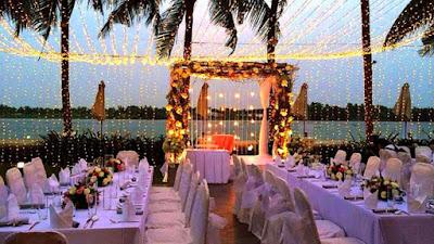 Không gian tiệc buffet cưới thoáng đẹp lung linh.