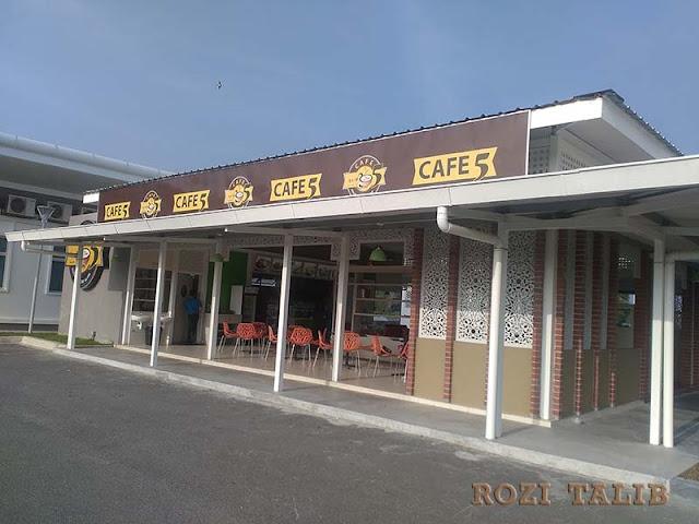 cafe 5 masjid puncak alam