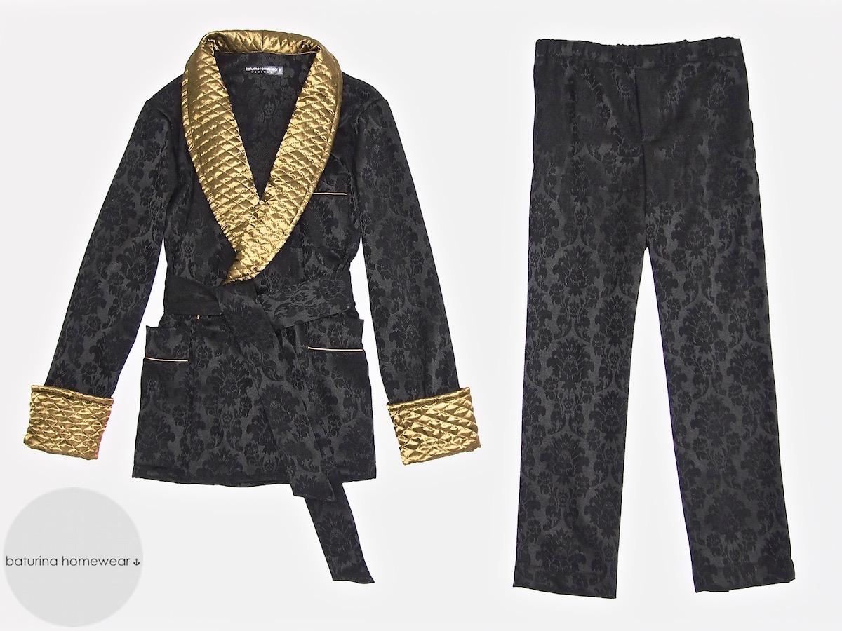 herren pyjama aus seide und englischer morgenmantel in gro en gr en. Black Bedroom Furniture Sets. Home Design Ideas