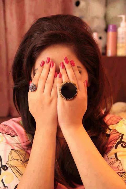girl hidden face pic Whatsapp Profile Picture, DP, Images Download