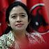 HARI BATIK NASIONAL : Kebaya PutihSexy  Menteri Puan di Acara Hari Batik Nasional...