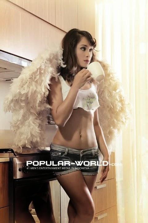 Foto Ade Isnie Model Popular