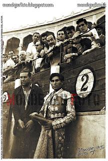 Fernando Franco en el callejón de la Plaza de Toros de Albacete
