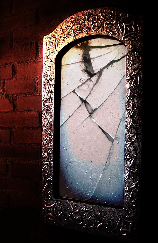 The Broken Mirror Poem By Dear Heart A K A Broken Wings