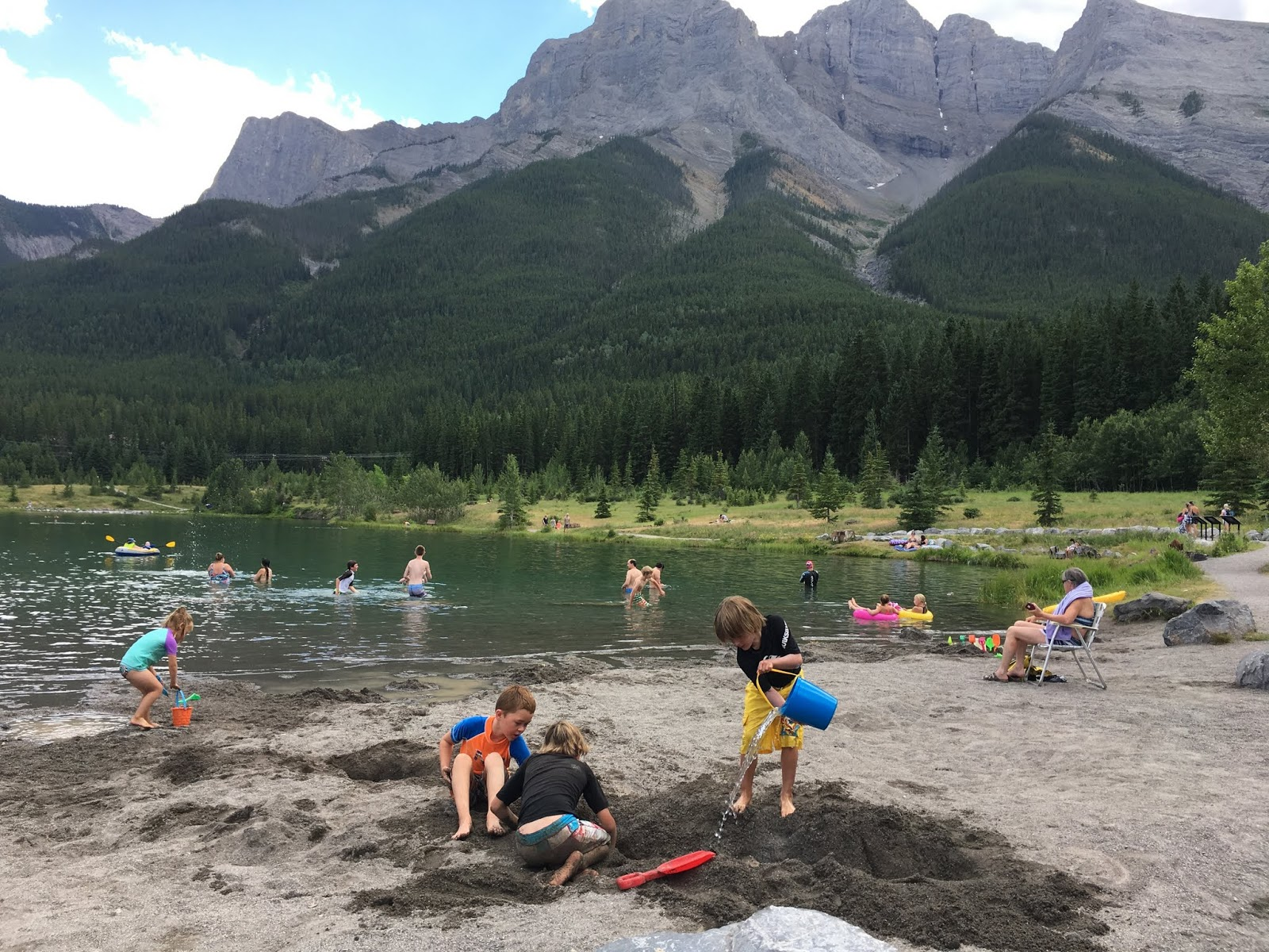Family Adventures in the Canadian Rockies: Best Day Trips