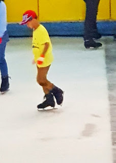 Fun Time #20 : Serunya Ice Skating di SkyRink, First Experience