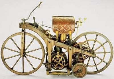 Moto creativa clásica estilo steampunk