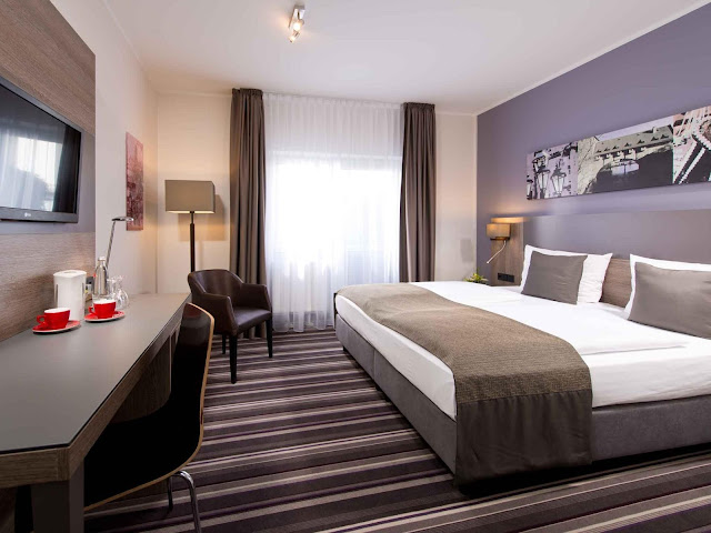 Leonardo Hotel Nürnberg is centrally located in Nuremberg, walking distance from Plarrer Square and close to German National Railway Museum. This hotel is within close proximity of Museum of Communication and Nuremberg Opera House.