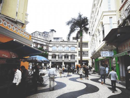 A busy corner at Largo do Senado in Macau