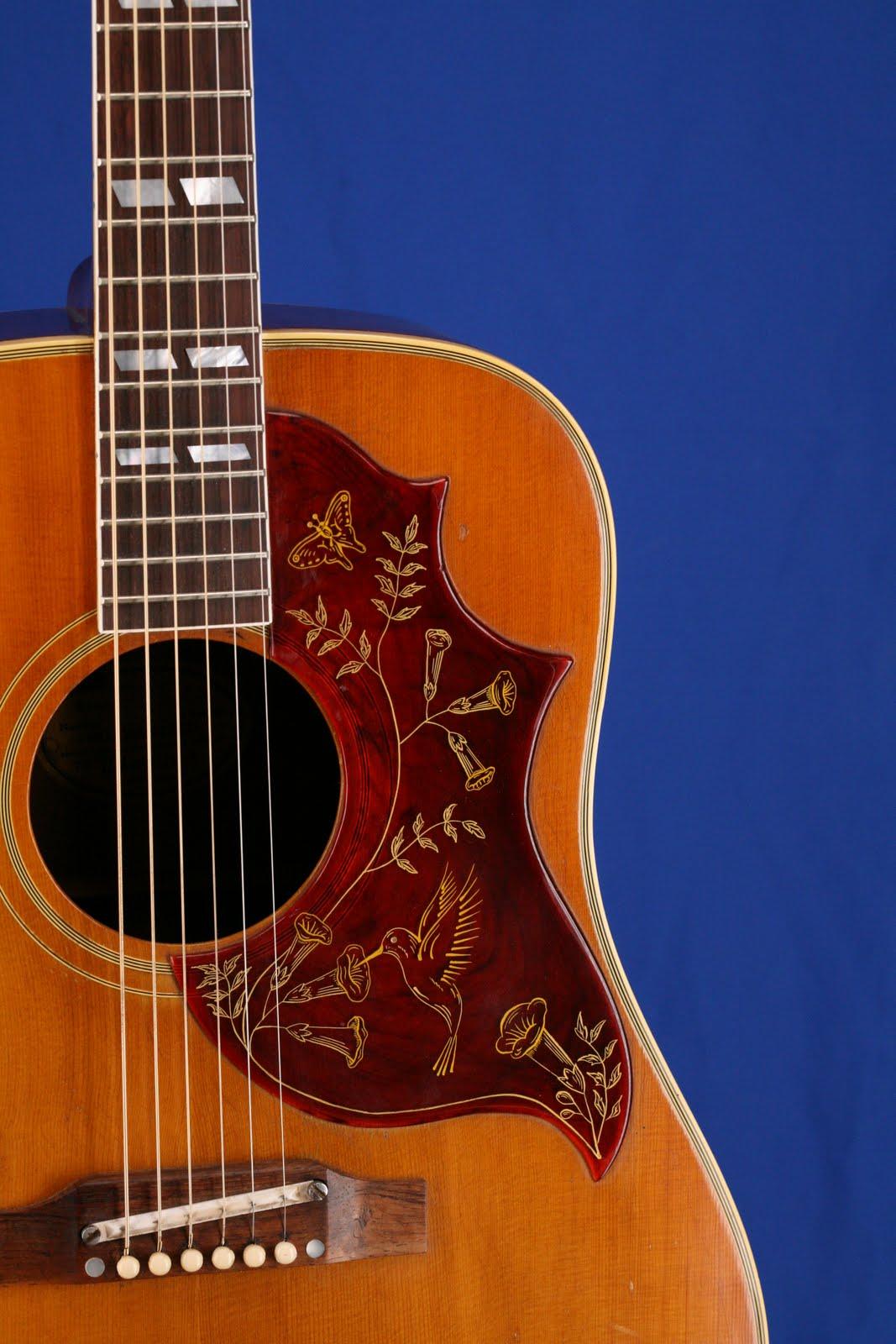Guitars-A-Go-Go: 1965 Gibson Hummingbird