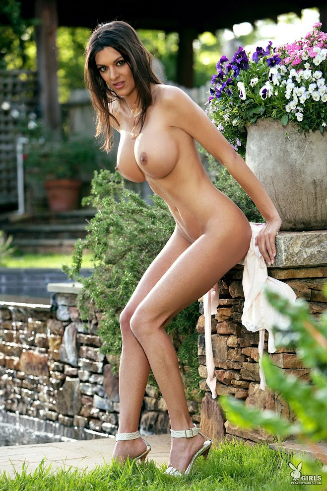 [Playboy Archives] Christine Stevensen - Bustybabes / Sexywives 1588309394_christine.stevens
