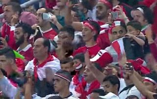 الجماهير المصرية فى المدرجات تحتفل بصعود الفراعنة