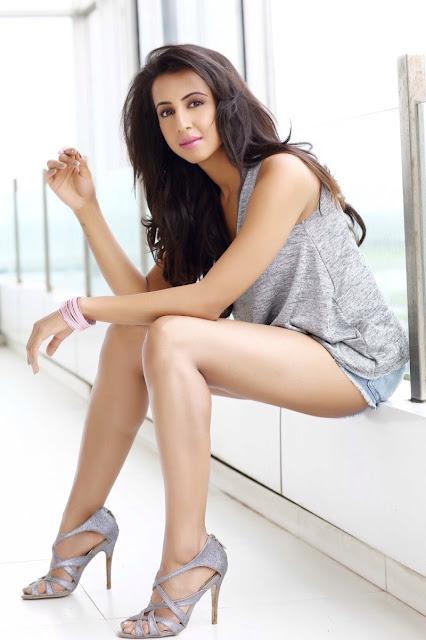 Telugu actress Sanjana hot Stills 2017