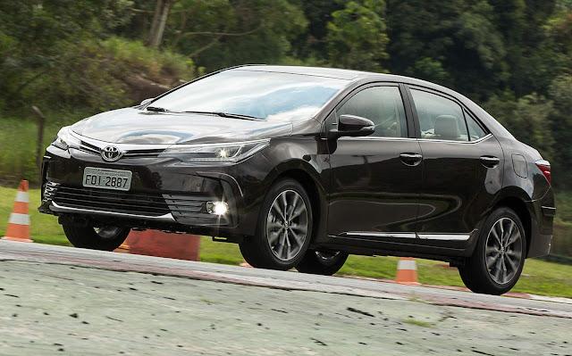 Toyota Corolla 2018 ganha linha de acessórios - preços