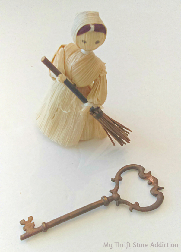 Handmade primitive corn husk doll