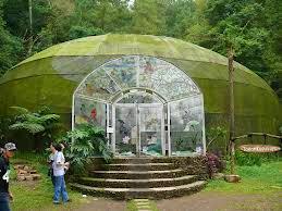 paket wisata taman kupu kupu