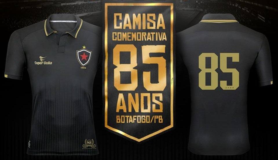 A fabricante de material esportivo Super Bolla divulgou um novo uniforme em  homenagem aos 85 anos do Botafogo da Paraíba. O modelo é predominante preto  com ... 874a0e450d149